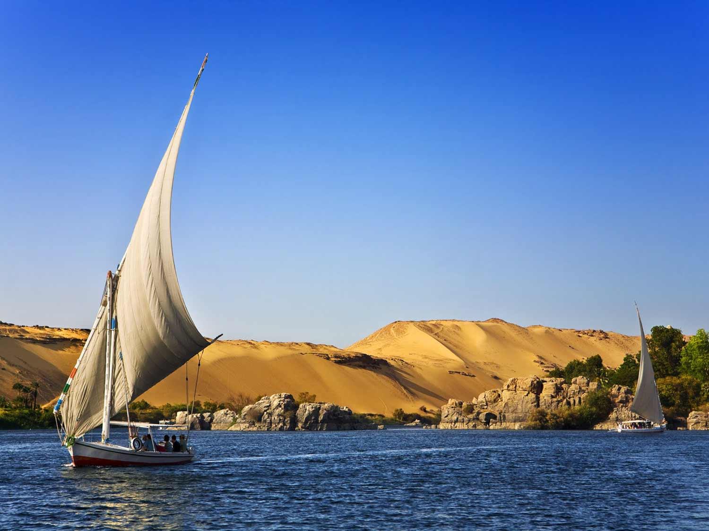 much-travels-aswan-rio-nilo-felucca-02